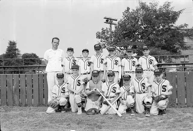 baseball glove canadian history