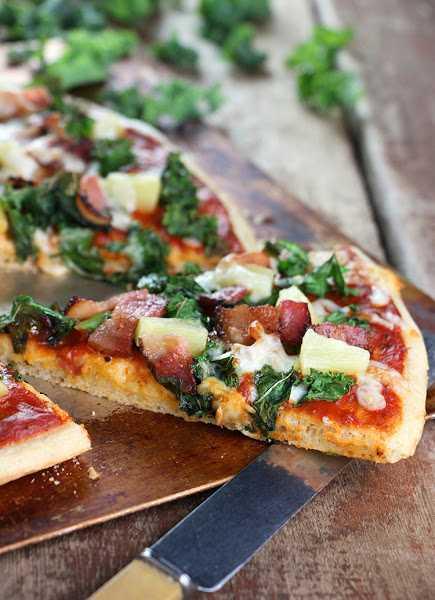 Canadian Recipes - Hawaiian Pizza