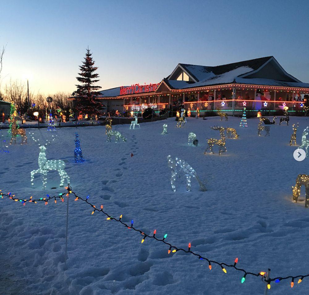 Leduc County Christmas Lights - London Drugs Blog