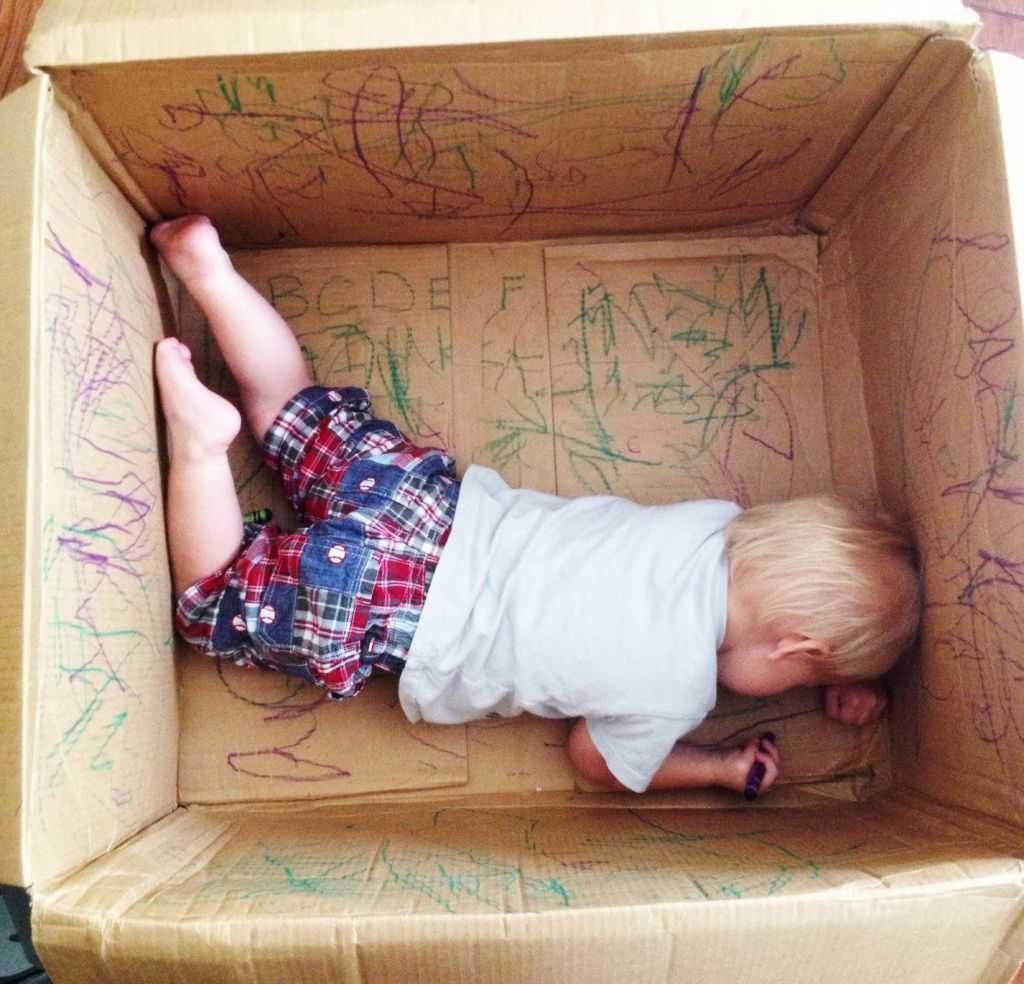 indoor activities - Cardboard Box drawing