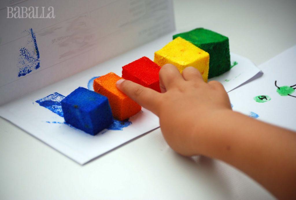 indoor activities - sponge finger painting