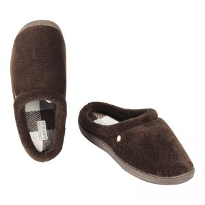 2018 Holiday Gift Guide: Perry Ellis Lined Clogs Slippers