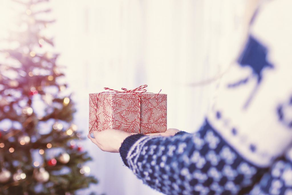 2018 Holiday Gift Guide: Affordable Gifts for the Budget Conscious