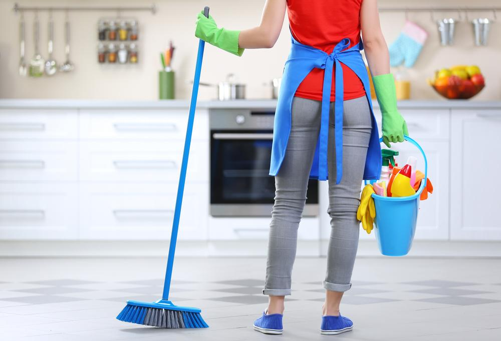 Chinese New Year Traditions Include Cleaning House